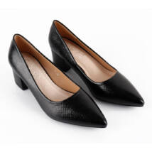 Hegyes orrú alkalmi cipő