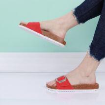 Női piros papucs kényelmes talpkialakítással