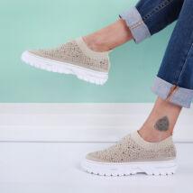 Női bézs strasszos zoknicipő