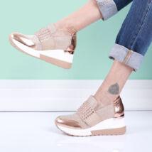 Női rózsaarany színű strasszköves cipő