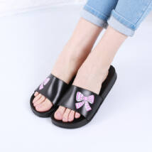Női fekete masni mintás gumipapucs