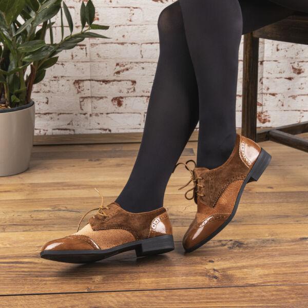 Női fűzős utcai cipő