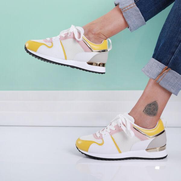 Női sárga-fehér sportcipő fémes sarokkal