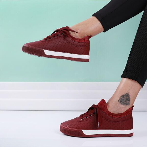 Női bordó sportcipő