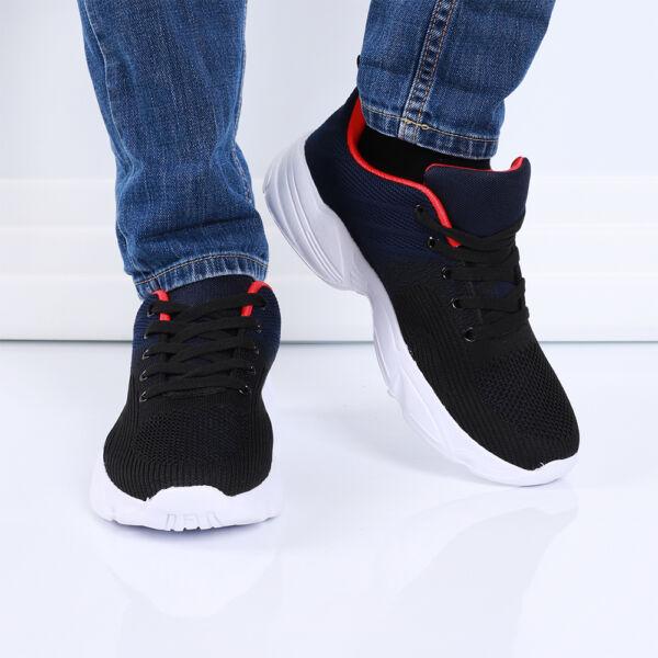 Férfi fekete-sötétkék sportcipő