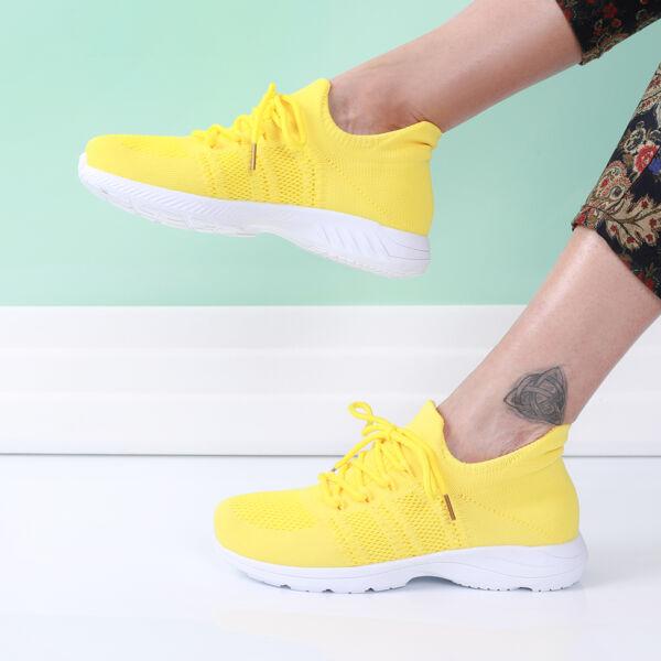 Női sárga fűzős zoknicipő