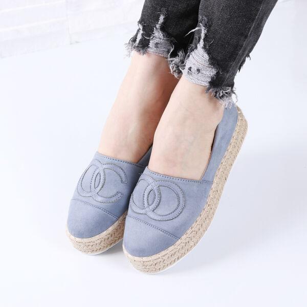 Női kék magasított talpú belebújós utcai cipő