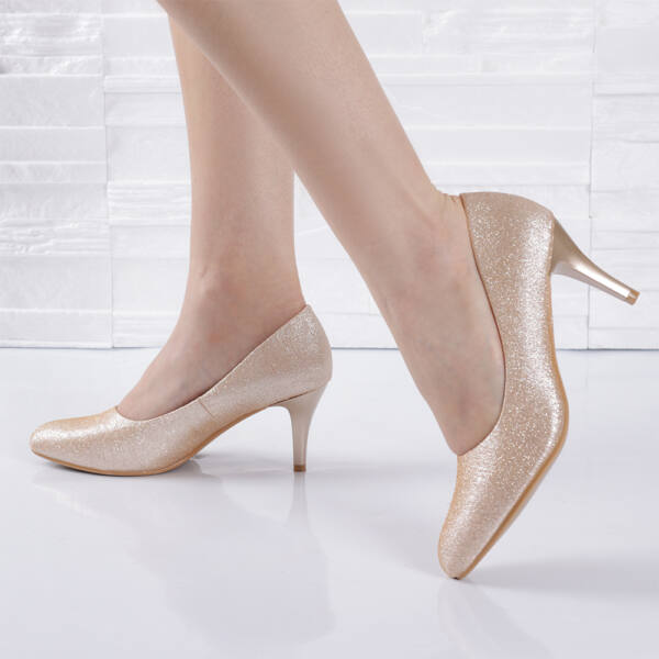 Alkalmi csillámló arany  tűsarkú női cipő