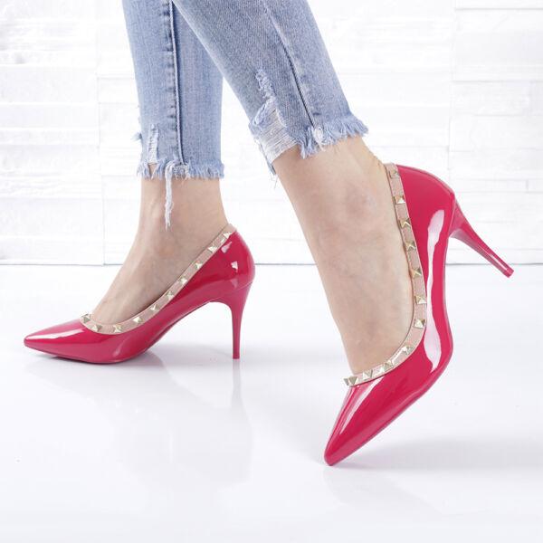 Lakk, szegecses tűsarkú női fukszia alkalmi cipő